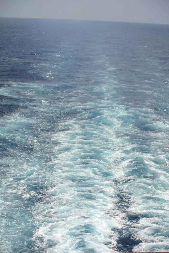 Die Spur des Kreuzfahrtschiffes