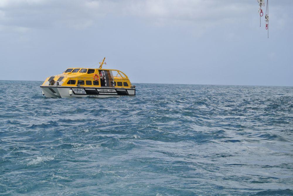 Tender ein Rettungsboot der AIDAluna