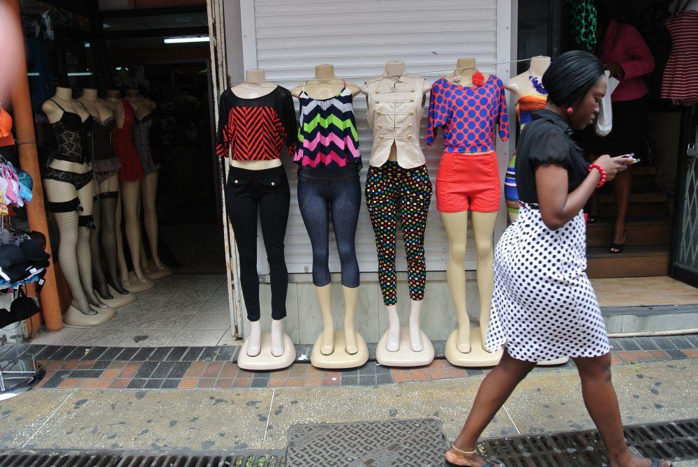 Schaufensterpuppen in Brigetown Barbados