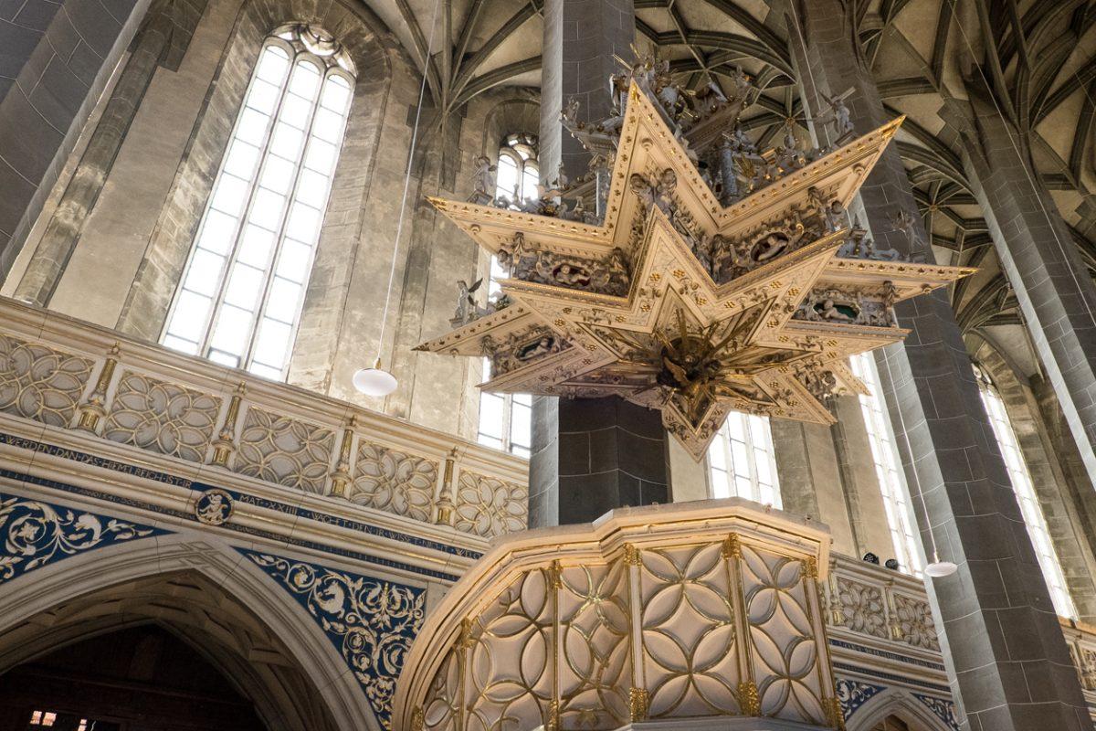 Schalldeckel der Kanzel der Marktkirche in Halle