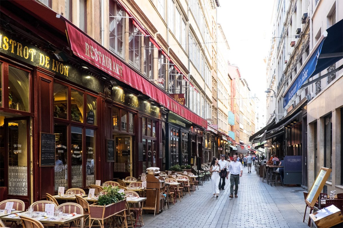Restaurants in den Gassen von Lyon