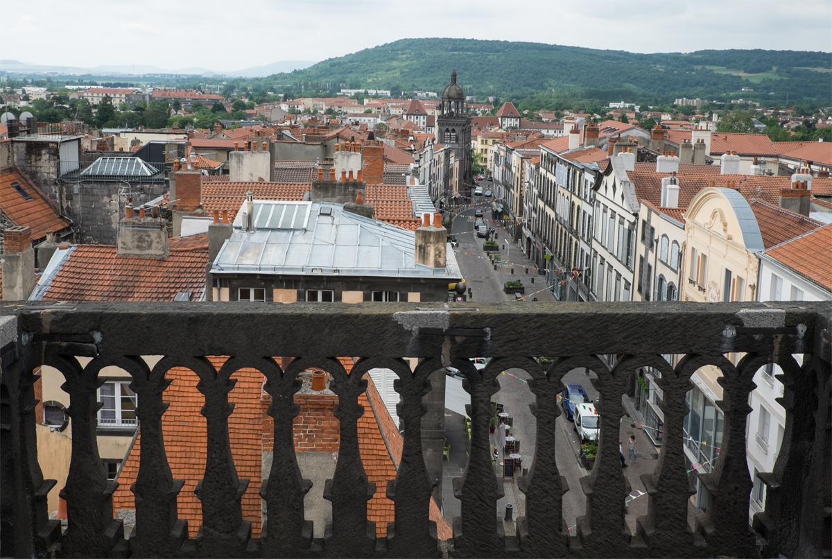 Sie können Riom vom Glockenturm aus gesehen schon ganz schön finden