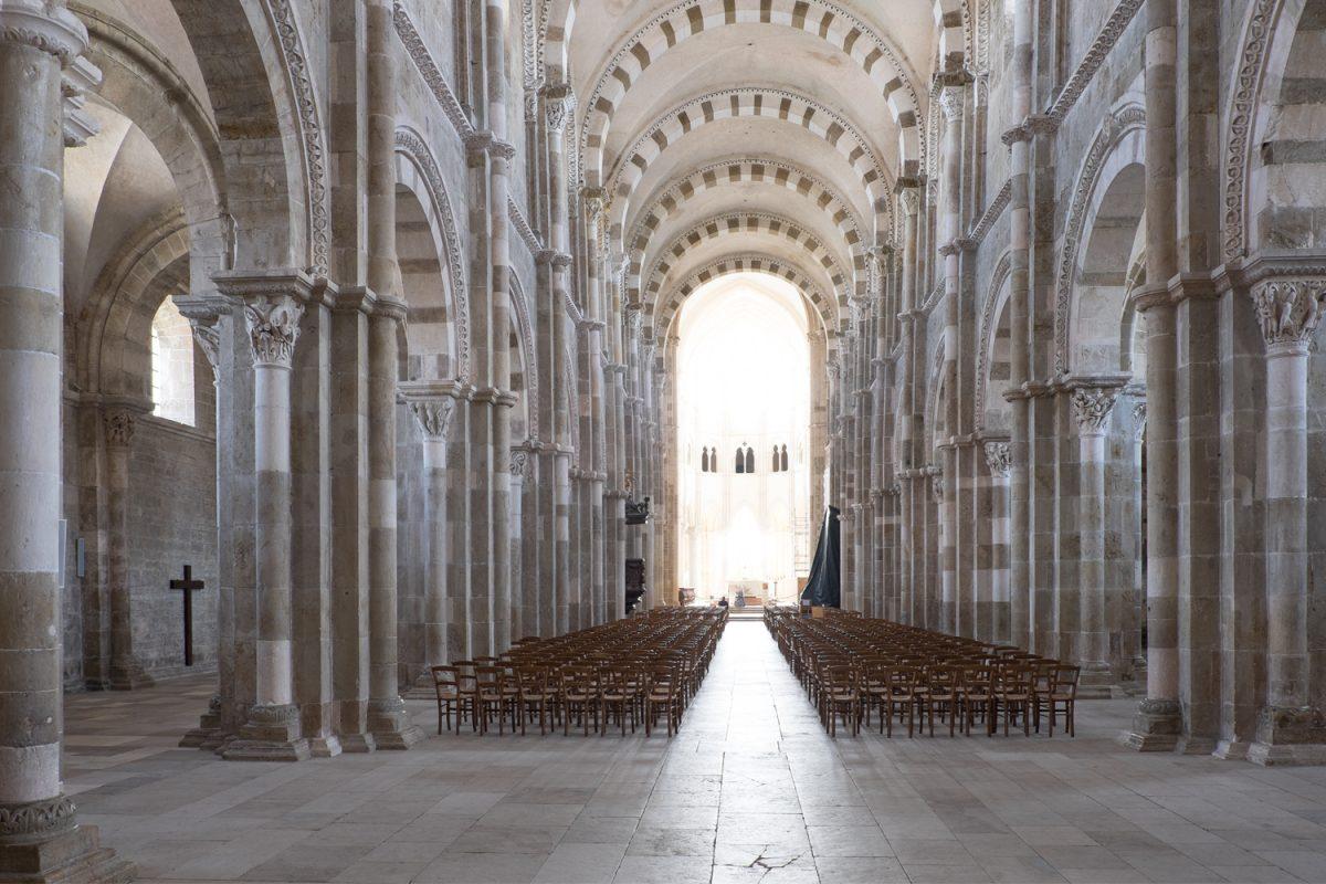 Madeleine Vézelay romanisches Kirchenschiff