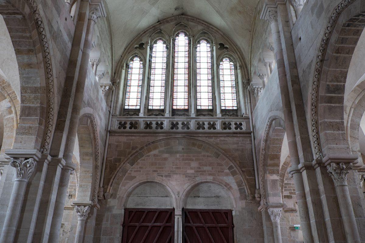 Ste-Marie-Madeleine Vézelay Hauptportal Fenster