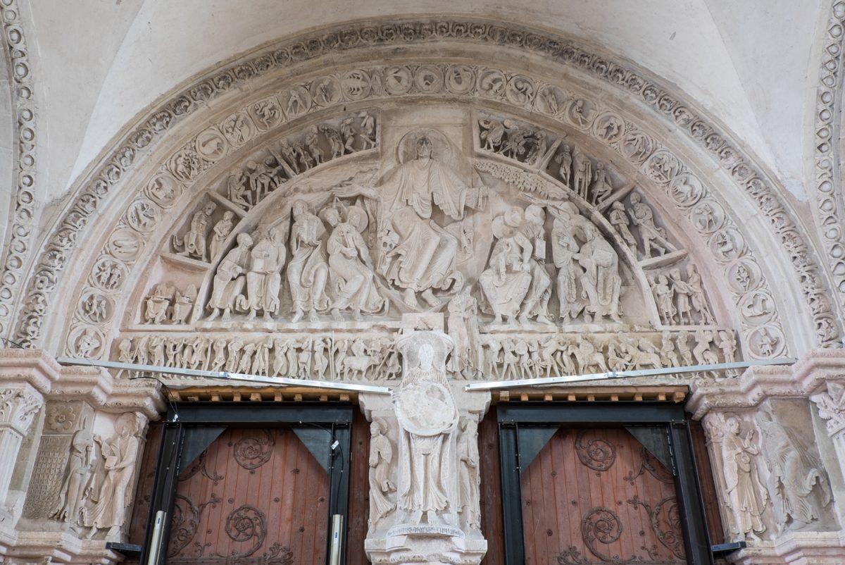 Ste-Marie-Madeleine Vézelay Relief Vorkirche