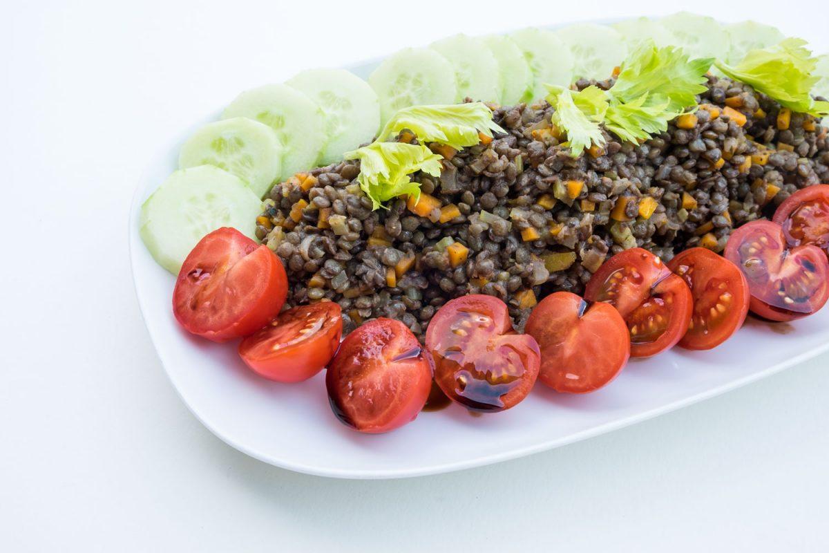 Sommerlich frisch der Salat aus Alb Linsen